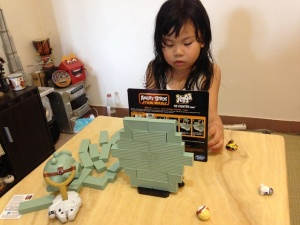 ANGRY BIRDS STAR WARS JENGA TIE FIGHTER GAME09