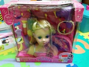 dream dazzlers blonde styling head 01
