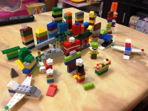 LEGO 10682 Bricks & More Creative Suitcase 17
