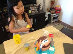 Play-Doh Doctor Drill 'n Fill 11