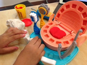 Play-Doh Doctor Drill 'n Fill 15