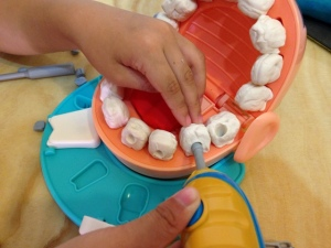 Play-Doh Doctor Drill 'n Fill 24